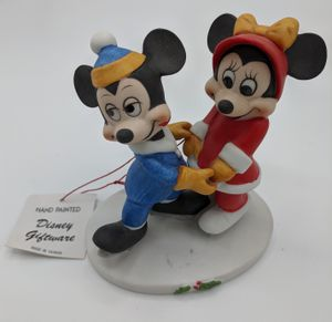 Disney figurine Mickey and Minnie for Sale in Seattle, WA
