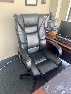 Large office chair for Sale in Kissimmee, FL