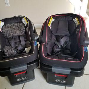 Snugride Snuglock 35 Car Seats for Sale in Orlando, FL