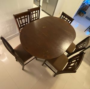6 chair table set for Sale in Miami, FL