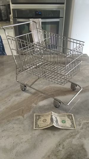 Mini vintage shopping cart for Sale in Pearl City, HI