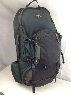 Eagle Creek Travel Backpack Hiking Camping w/Rain Cover for Sale in Clearwater, FL