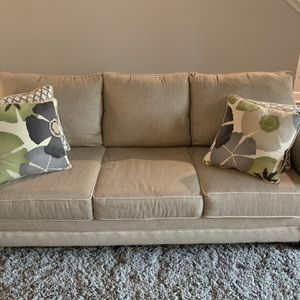 Couch, Loveseat, And Ottoman $750 OBO for Sale in Lutz, FL