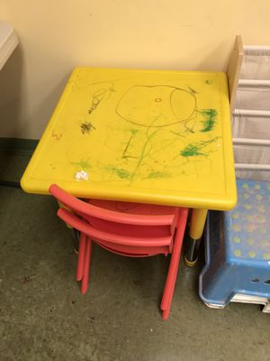 Kids table with 2 chairs. Saturday only 9/19/20 for Sale in Washington Grove, MD