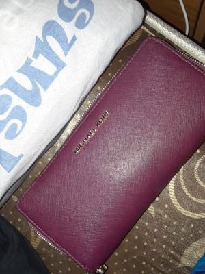 Authentic Michael Kors Wallet for Sale in Dallas, TX