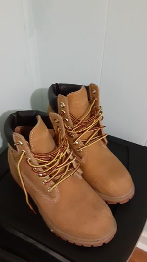 Boots size 7 for Sale in Del Valle, TX