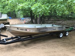 Mirrocraft 14ft aluminum row boat for Sale in Eagle River, WI