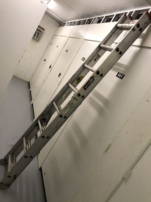 16ft Louisville Ladder for Sale in Boca Raton, FL