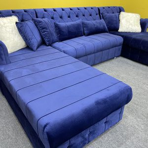 Velvet Double Chaise Sectional - Delivery Available 🚚 for Sale in Dallas, TX