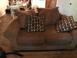 Couch and loveseat for Sale in Murfreesboro, TN
