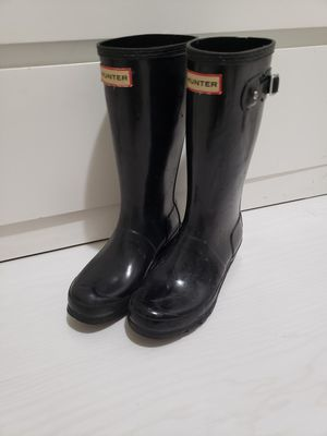 Hunter rain boots youth size 2 for Sale in San Francisco, CA