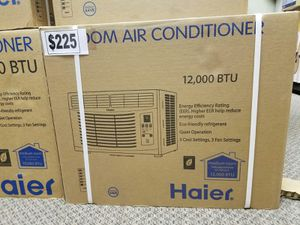 12 000 BTU WINDOW AIR CONDITIONER/ AC for Sale in Las Vegas, NV