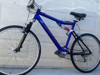 Bicycle Mongoose 26 inches Tires Size In Good Condition PLEASE CHECK ALL BIKES ON MY PROFILE for Sale in Los Angeles,  CA