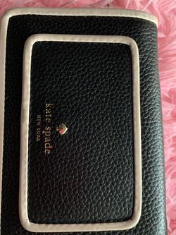 Kate Spade Wallet for Sale in Parkland,  WA