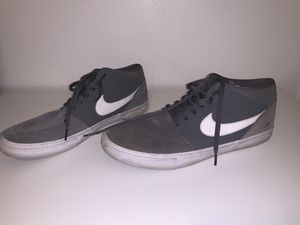 Nike grey men's shoes size 12 for Sale in Cerritos, CA