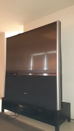 Antique 60 inche TV for Sale in Miami, FL