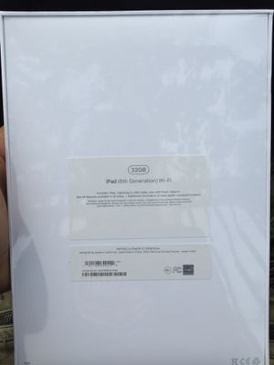 iPad 6 gen 32 gb for Sale in Detroit, MI