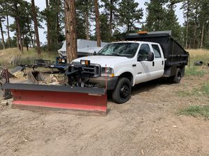 2003 F -550 4x4 dump bed plow for Sale in Colorado Springs, CO
