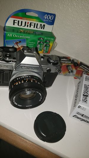 Canon AE-1 Film Camera w Film and Batteries. Great Condition! for Sale in Scottsdale, AZ
