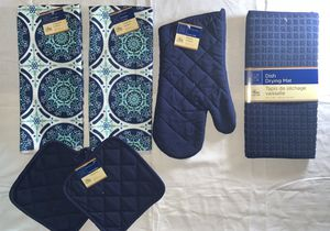 Beautiful Design Navy Blue kitchen hand towel set, Two Towels, Two pot holders, mitt and Dishes Drying mat for Sale in Fitchburg, MA