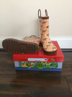 Girl Rubber Rain Boots (size 4) for Sale in Rockville, MD