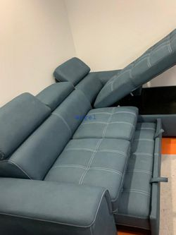 🎁BRAND NEW 🎗Ferriday Blue Storage Sleeper Sectional 109 for Sale in Laurel,  MD