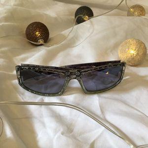 Louis Vuitton Vintage SunGlasses for Sale in Miami, FL
