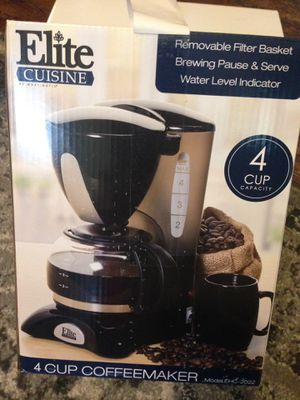 Elite 4 cup coffee maker for Sale in Cleveland, OH