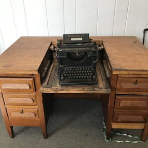 Antique Secretary Desk for Sale in Waterbury, CT