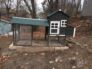 Chicken coop $170. for Sale in Waterbury, CT