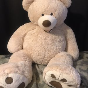 Adorable Giant Teddy Bear for Sale in San Diego, CA