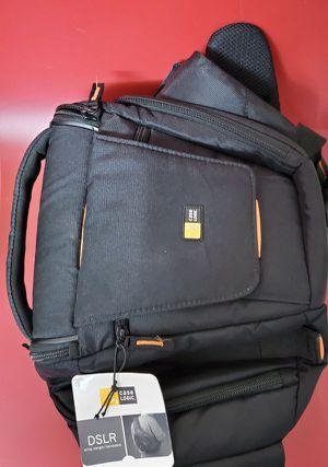 Case Logic DSLR Camera Sling Black for Sale in San Diego, CA