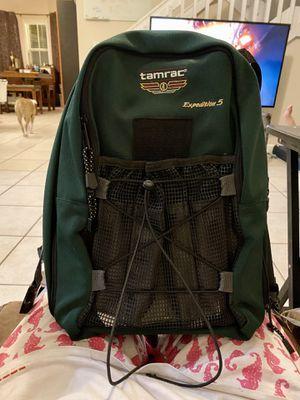 Tamarac Expedition 5 green camera bag for Sale in Miami, FL
