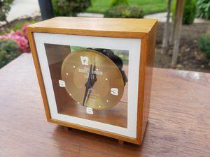 Antique clock for Sale in Modesto, CA
