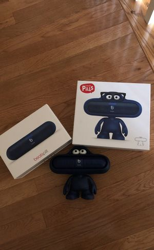 Beats Pill Character (Beats Pill has many problems) for Sale in Fairfax, VA