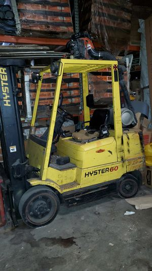 Forklift hyster 60 for Sale in Chicago, IL