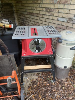 Skilsaw roll around table saw for Sale in Riverview, FL