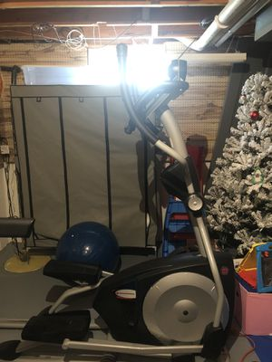 Schwinn 438 Elliptical for Sale in Stow, OH