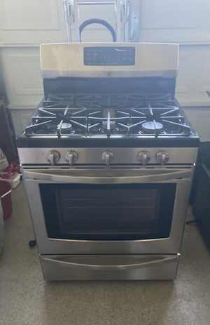 Kenmore 5 burners stainless steel stove!!!! for Sale in Norco, CA