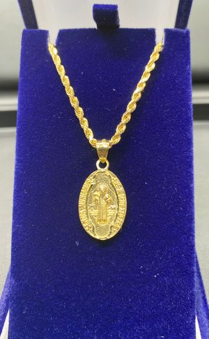 "10k real gold chain & two side charm 22"" 2.5 mm for Sale in Aurora, CO"
