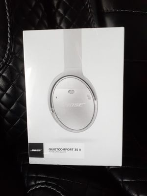 BOSE QC35 II Quiet Comfort Wireless Noise Cancelling Headphones set for Sale in Seattle, WA