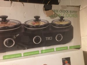 Crock pot buffet slow cooker for Sale in Toms River, NJ