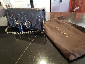 Authentic Gucci clutch/ wallet for Sale in Portland, OR