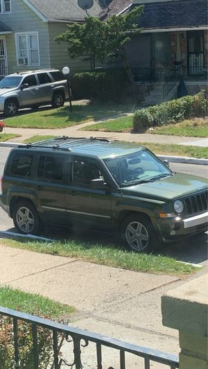 Jeep Patriot 4x4 Limited for Sale in Taylor, MI