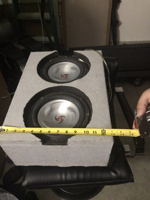 Dual 8inch subwoofers with custom box for Sale in Anaheim, CA
