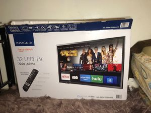 32 inch tv for Sale in Fountain Valley, CA