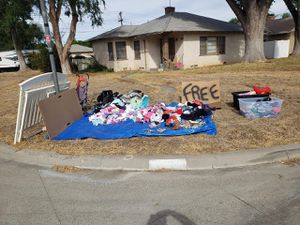 Free Baby Stuff for Sale in Riverside, CA