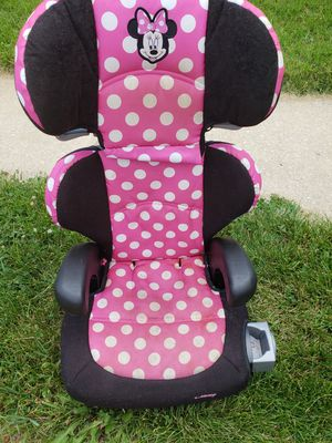 Toddler booster car seat for Sale in Baltimore, MD
