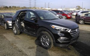 Parting out 2016 Hyundai Tucson for Sale in Dallas, TX