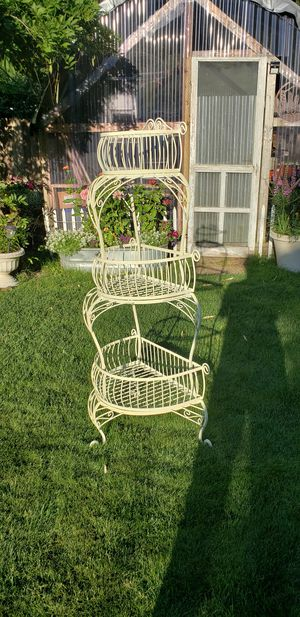 Multi tiered plant stand. Garden. Decor. for Sale in Marysville, WA